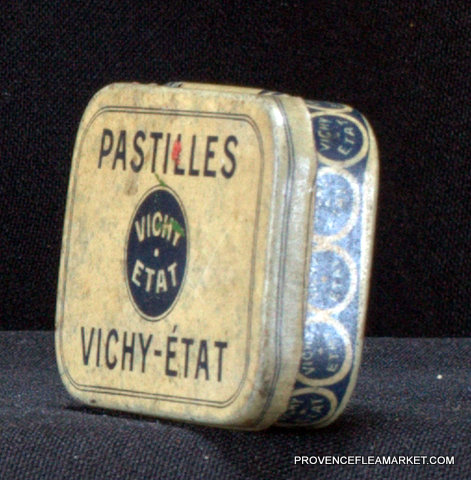 French little vintage tin Vichy 1950 box-1