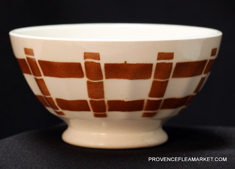 French vintage squarred brown bowl cafe au lait-0