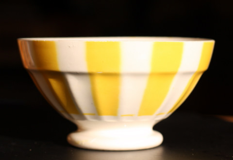 Yellow geometrical Digoin bowl 9591-1