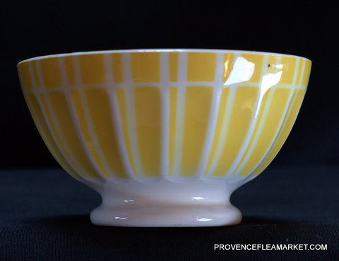 Yellow geometrical Digoin bowl cafe au lait 9611 1-2