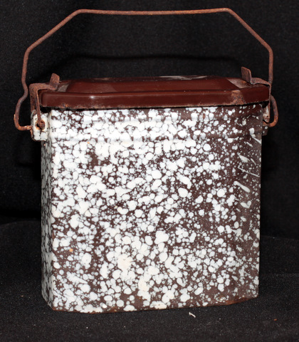 French brown enamelware graniteware lunch box 1-1