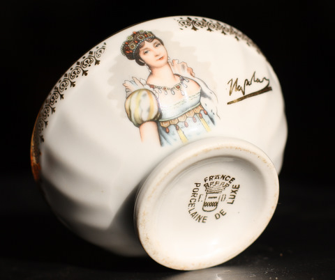 Josephine , wife of Napoleon , bowl cafe au lait-4